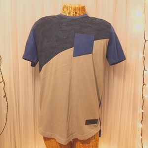 SIZE•M BLUE GRAY UNDER ARMOUR COLOR BLOCK TEE